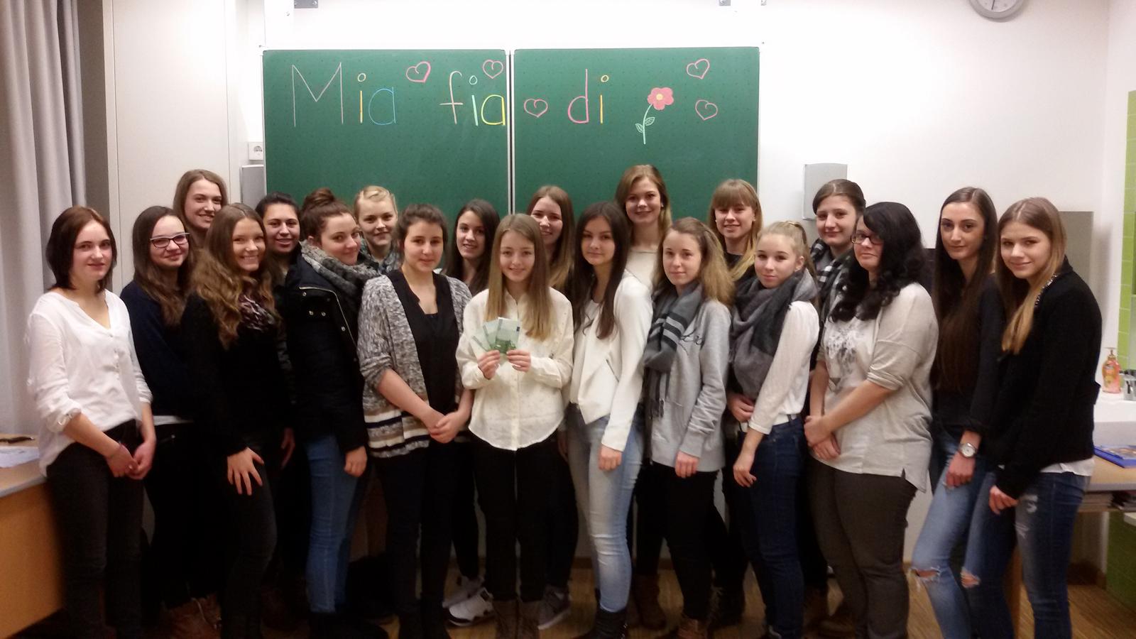 Gisela Realschule R10a_Spende